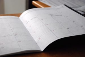 Calendar to stop procrastinating and clean your house